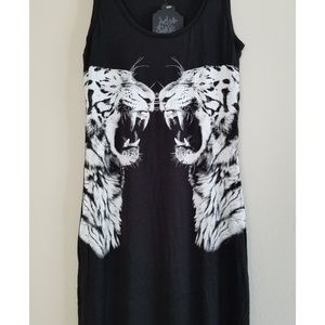 Urban Outfitters Dresses - Maxi dress with 2 Tigers NEW!